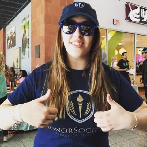 HonorSociety.org T-shirts are great to wear when recruiting new members, at club or involvement fairs, or even Chapter meetings!